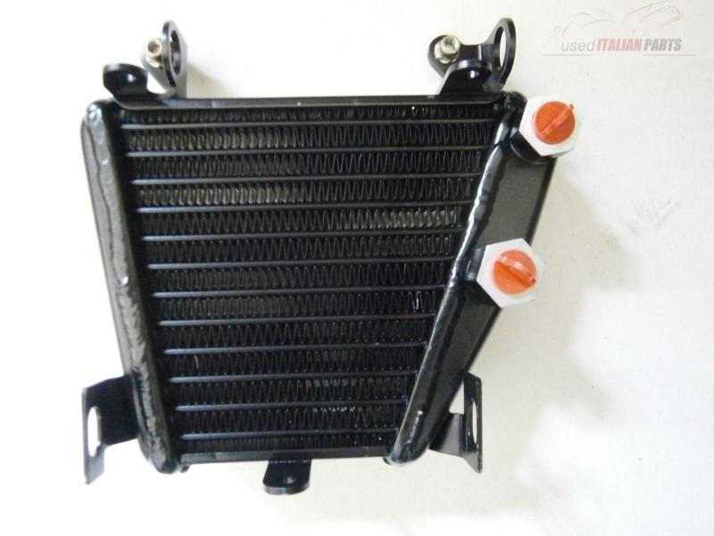 Ducati 749 / 999 Ölkühler *NEU*