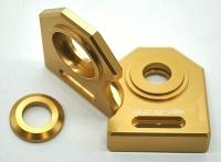NEU Ducati M600 888  u.a.  Kettenspanner Achsplatte Schwinge Schutz gold